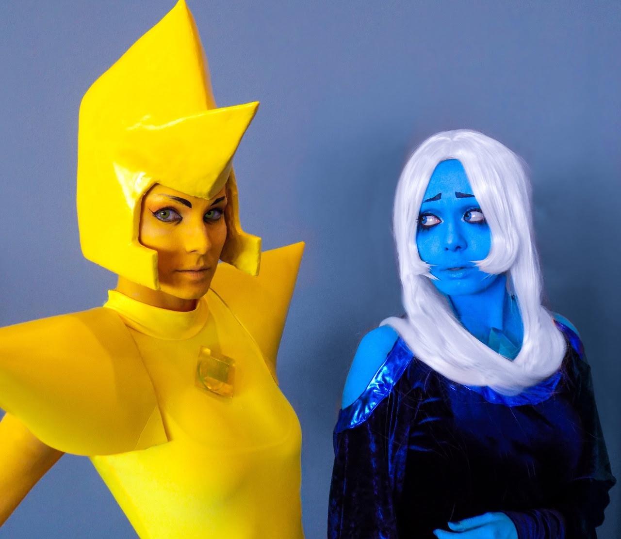"🔷🔶 ""What's the use of feeling blue?"" 🔶🔷 Blue Diamond: @dekuflowerr Yellow Diamond is me! Photo creds to J. Howard"
