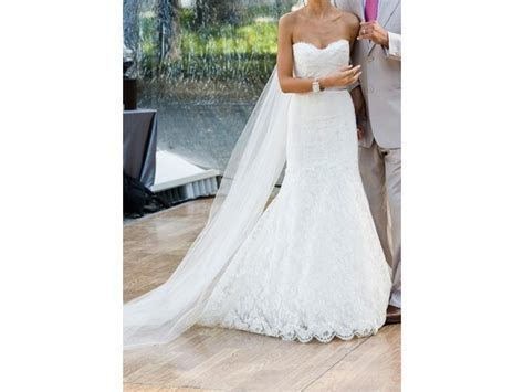 Monique Lhuillier Jessica, $2,600 Size: 8   Sample Wedding