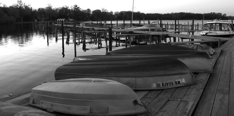 Wayzata Yacht Club  b/w