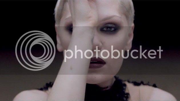 Video Premiere: Jessie J - 'Thunder'...