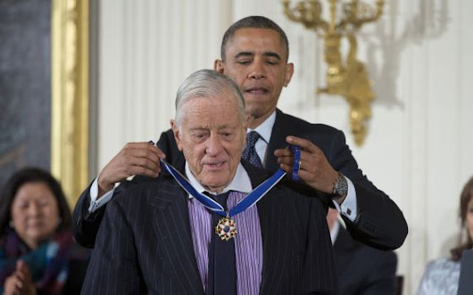 Muere Ben Bradlee, el director que encumbró 'The Washington Post'