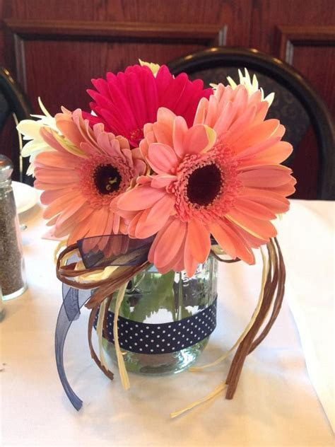 1000  ideas about Gerbera Daisy Centerpiece on Pinterest
