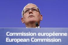 Il Vice-Presidente della Commissione Europea Frans Timmermans oggi a Bruxelles. REUTERS/Yves Herman