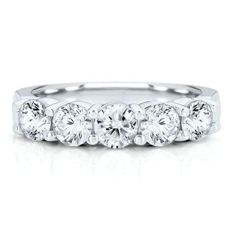 Best 10  Diamond anniversary rings ideas on Pinterest