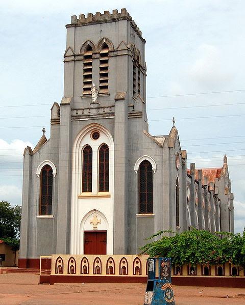 File:Basilica of Ouidah.jpg