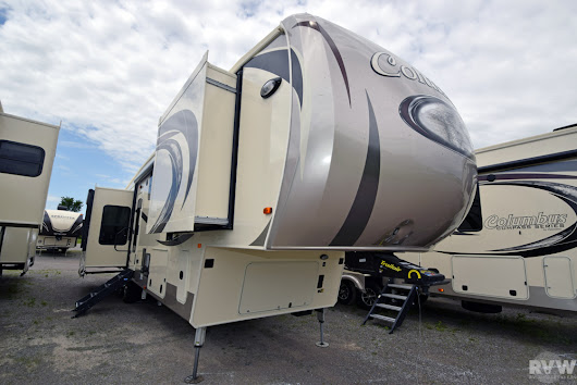 New 2018 Columbus 383FB Fifth Wheel by Palomino at RVWholesalers.com