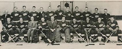 1946-47 Detroit Red Wings team photo 1946-47 Detroit Red Wings team.png