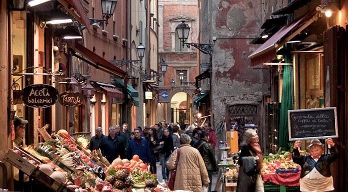 Risultati immagini per mercato bologna