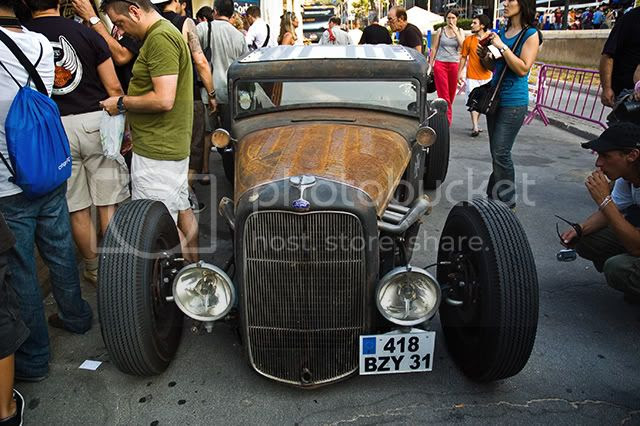 Classic Cars: Ford [enlarge]