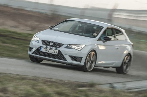 Seat Leon Cupra - TEST VIDEO - motogazeta