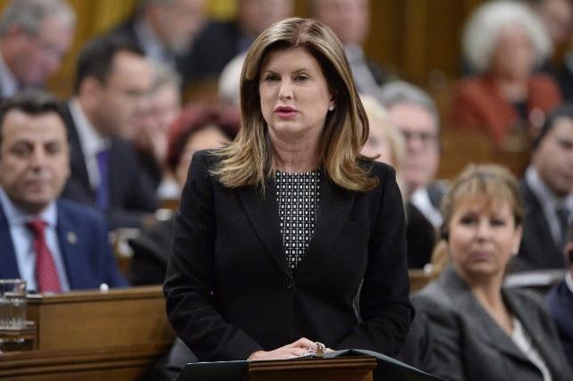 Rona Ambrose, chef par intérim du PCC.... (PHOTO ADRIAN WYLD, ARCHIVES LA PRESSE CANADIENNE)