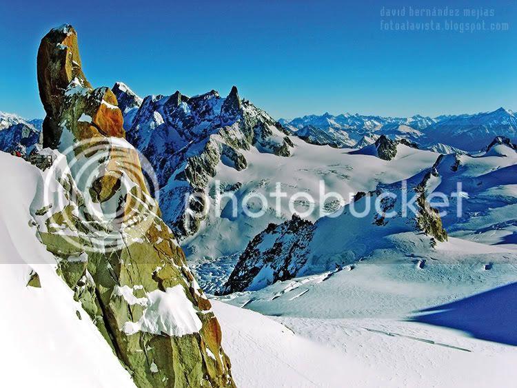 Fotografía del macizo nevado del Mont Blanc en Francia
