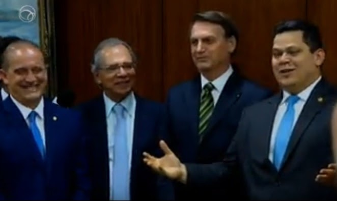 Governo propõe acabar municípios com menos de 5.000 pessoas e baixa receita