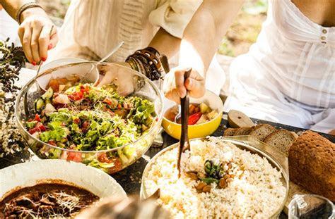 rice healthy benefits drawbacks wellgood