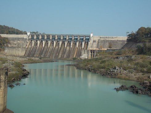 Hasdeo Bango Dam, Chhattisgarh - The Conflux of Synthetics and Nature - Indian Travel Guide