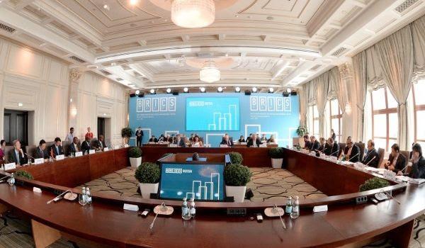 Nasce una nuova governance economica globale: la Nuova Banca di Sviluppo dei BRICS è operativa