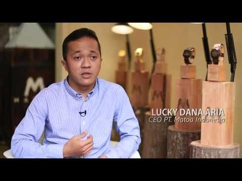 Lucky Danna Aria, Bos Jam Tangan Kayu Matoa Asal Indonesia
