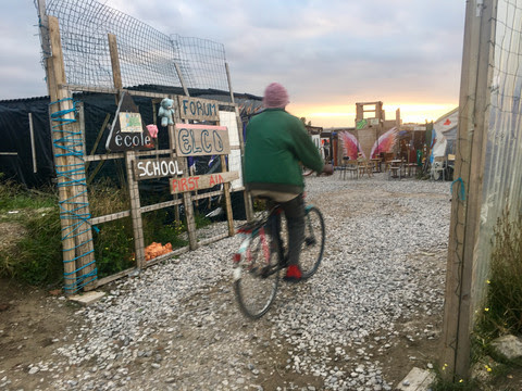 Lone children at risk in Calais camp demolition