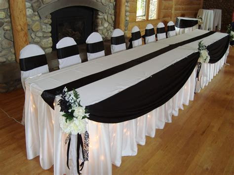 Wedding table decoration, Linens   Noretas Decor Inc