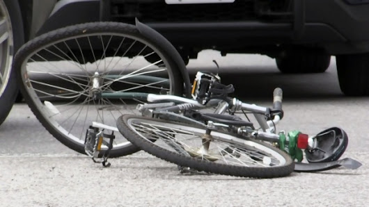 Cyclist hit by SUV in Kitchener taken to hospital