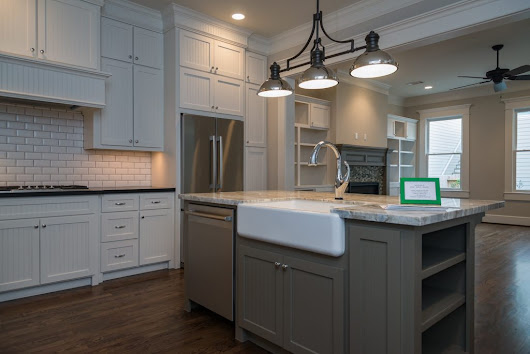 2 New Heights Homes - Distinctive Kitchens | Rich Martin Homes
