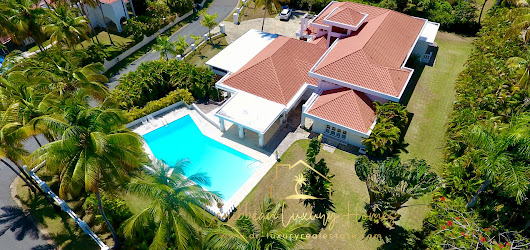 Superb luxury villa with excellent rental potential - Cabarete Real Estate Dominican Republic Real Estate Properties - Luxury Caribbean Villas and Beachfront Properties