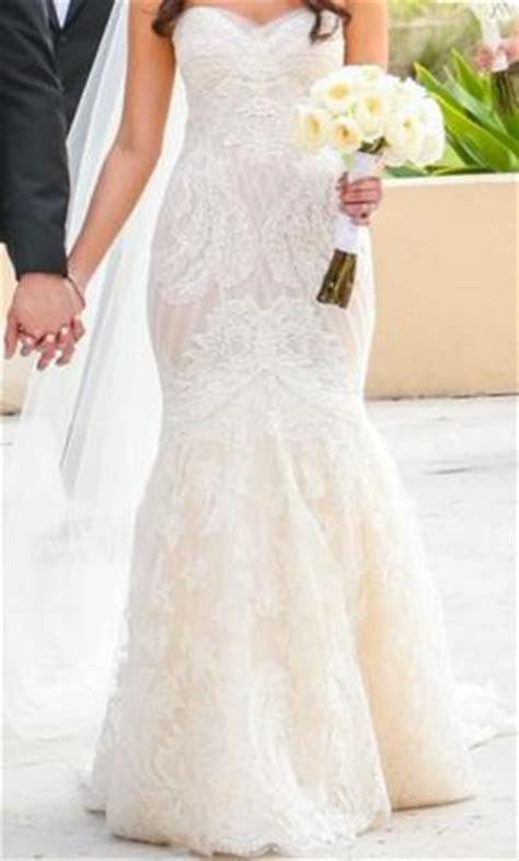 Ines Di Santo Manye / Lissome, $4,200 Size: 6   Used