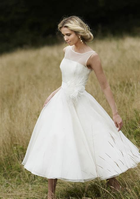 WhiteAzalea Simple Dresses: Simple Wedding Dresses for