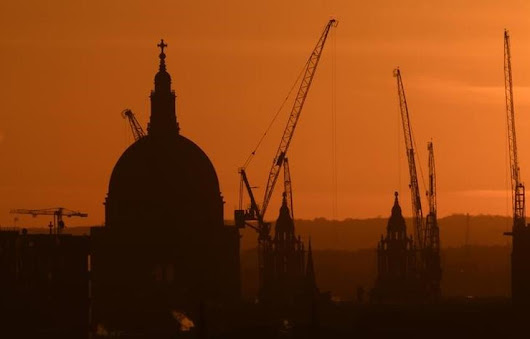 British construction grows more slowly, costs soar: PMI