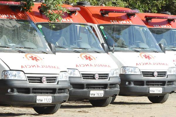 Treze das 30 ambulâncias que ficaram paradas de junho de 2010 a janeiro de 2011, ainda não entraram em operação. Seis delas estão no pátio do Samu Metropolitano e outras sete estão no pátio do CB em Mossoró
