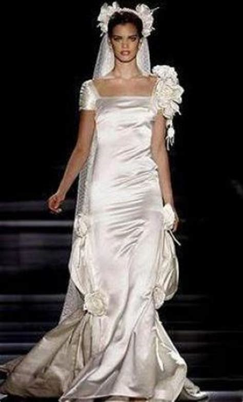 Valentino Wedding Dresses For Sale   PreOwned Wedding Dresses