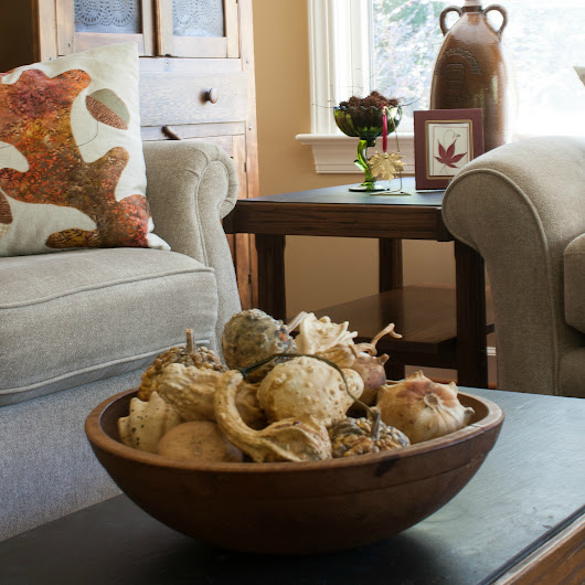 Vintage Fall Decor in the Family Room