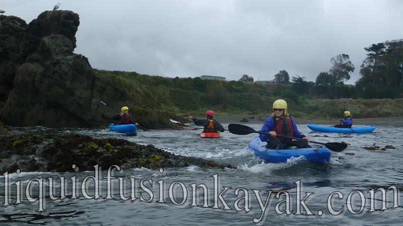 instruction class whitewater kayak rock garden
