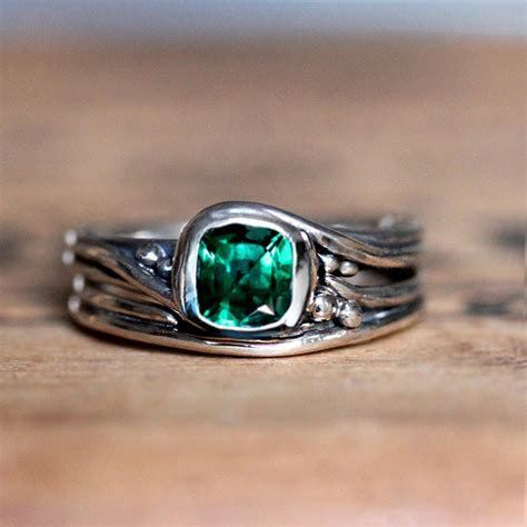 Emerald Engagement Rings Make A Classic & Cool Statement