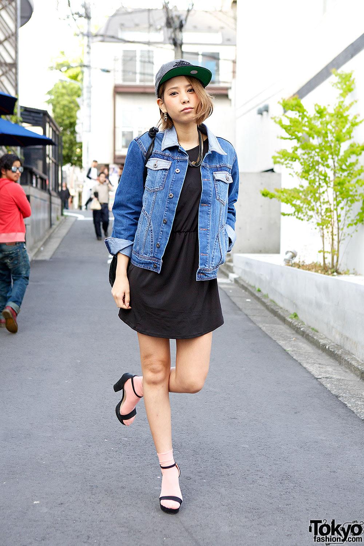 hm little black dress denim jacket  sandals on the