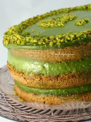 Pistacchiosa: torta al pistacchio con crema al pistacchio