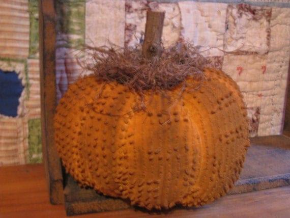 Primitive Chenille Pumpkin