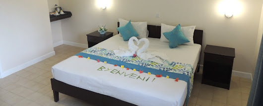 Day Rooms & Shower Rooms - Hotel La Roussette Airport Seychelles