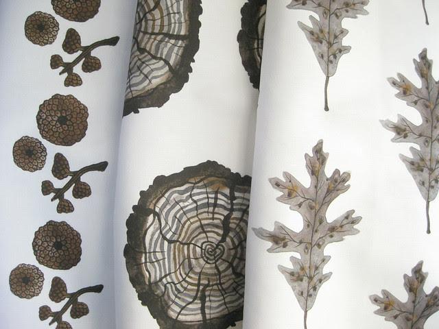 giant acorn caps, logs, silver oak leaf