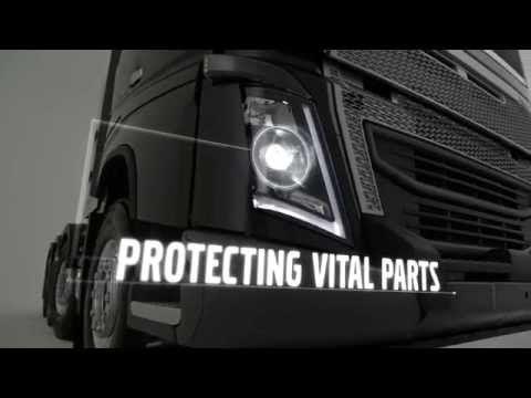 Volvo Kamyon, yeni bir ağır tampon geliştirerek Volvo FH'i güçlendiriyor.