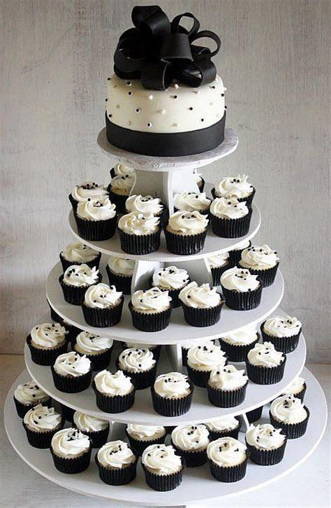 Best 25  White wedding cupcakes ideas on Pinterest   White