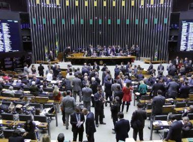 Deputados do Nordeste ficaram divididos em votação de denúncia de Temer; veja