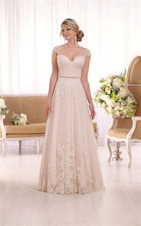Love Our Wedding sponsor Wedding Dress of the Year 2016