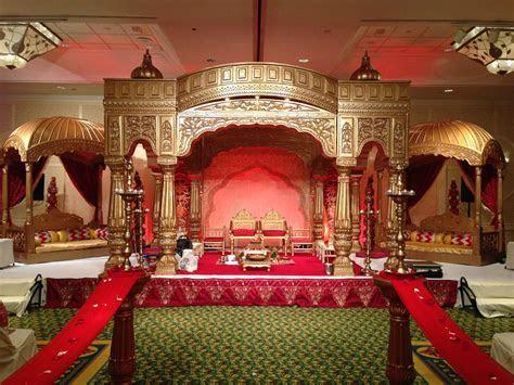 Golden Royal Palace Mandap by www.aayojan.com of Atlanta
