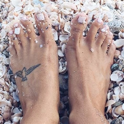devin brugman bird foot tattoo steal  style