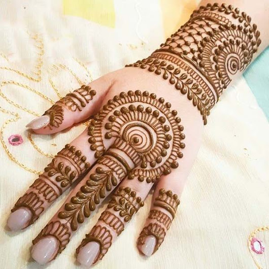 Last minute mehndi designs for Karwa Chauth & why it is celebrated ?