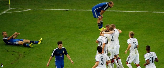 World Cup final: Germany celebrate Mario Gotze's winner