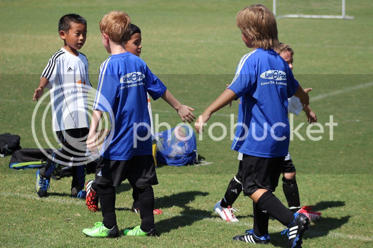 photo soccer53_zps66b2e60d.jpg