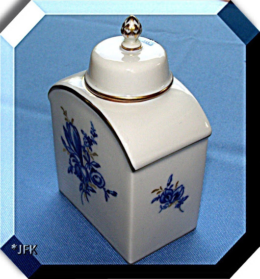 Meissen Germany Tea Caddy China Box Blue White Gold VTG