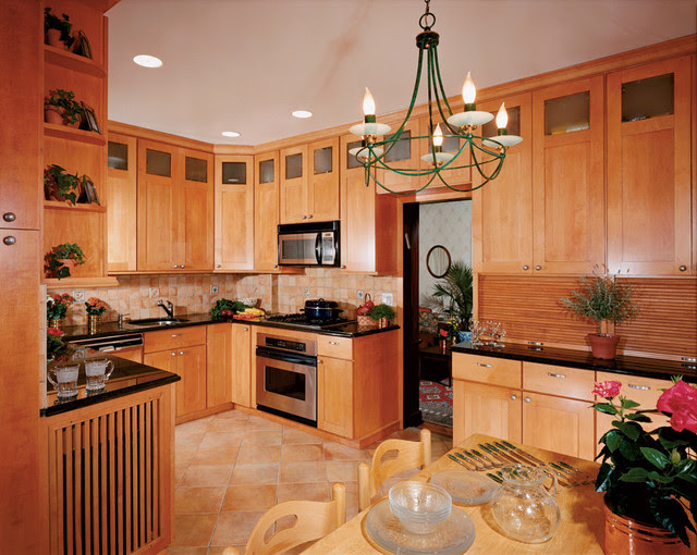 Holiday Seattle Maple Sandalwood II Kitchen Cabinetry